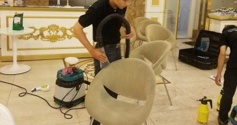 Giặt ghế sofa tại Thẩm Mỹ Viện Đông Á